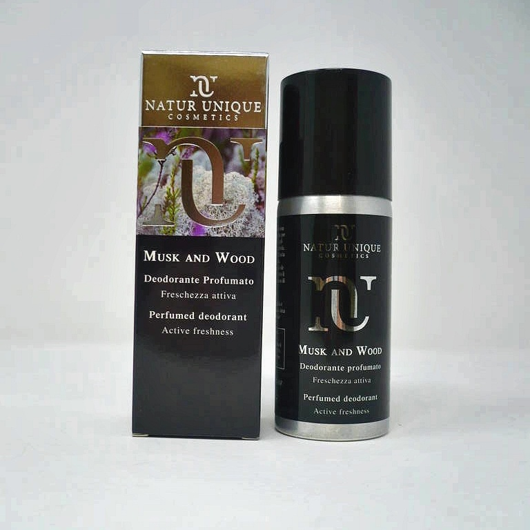Musk and Wood Deodorante Spray